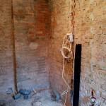 W miejscu czarnej deski będzie ściana, a za nią toaleta